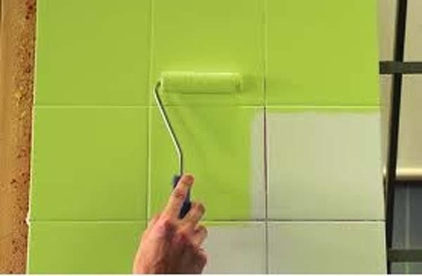 Como usar la pintura para azulejos comprar bricolaje online for De que color se puede pintar un bano